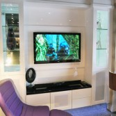 White gloss media unit2