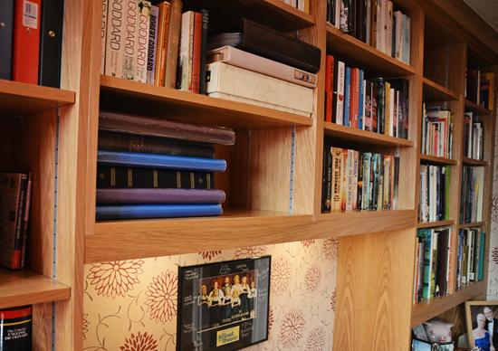 horrocks-book-case-snug-small