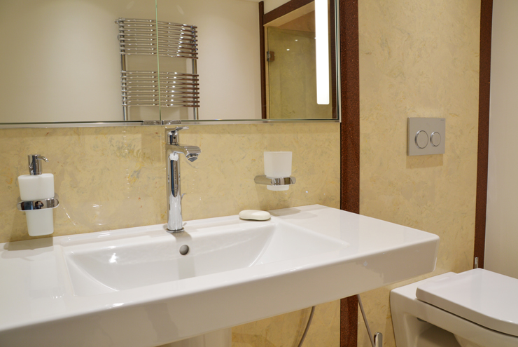 Expert ensuite bathroom installation - 45 years experience designing and installing bathrooms.